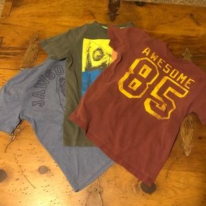 Lot of 3 Old Navy Graphic T-shirts Jaws/Awesome